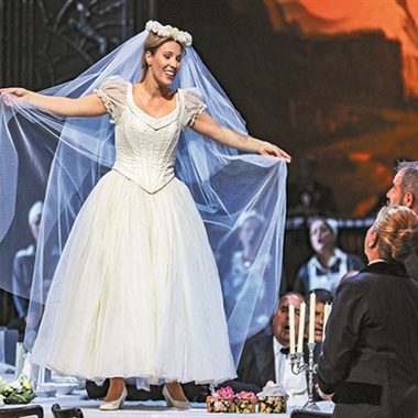 La Sonnambula / Arturo Marelli's Vienna State Opera Production at the Greek National Opera
